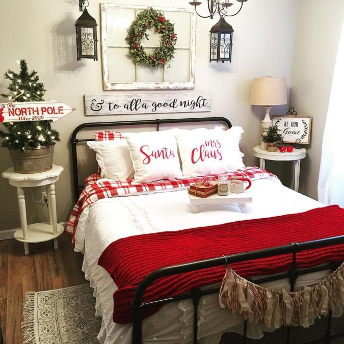 Guest-Room.-5-675x675 50+ Guest Room Christmas Decorations – Can You Make It Before Christmas Arriving?