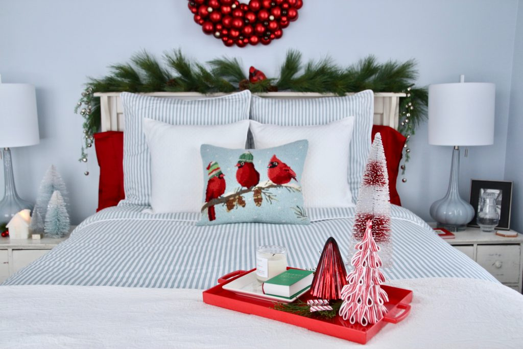 Guest-Room 50+ Guest Room Christmas Decorations – Can You Make It Before Christmas Arriving?