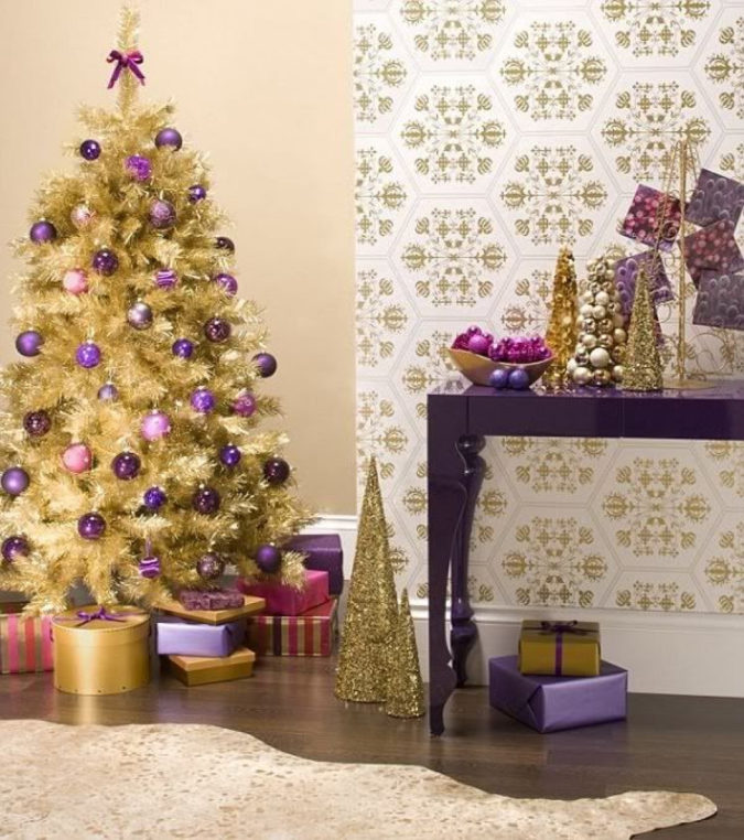 Non-Traditional-Christmas-Color-Scheme.-1-675x762 70+ Brilliant Ideas for This Year Christmas Decoration