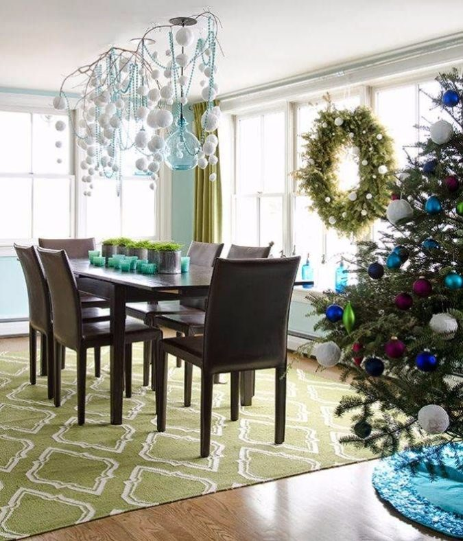 Non-Traditional-Christmas-Color-Scheme.-3-675x788 70+ Brilliant Ideas for This Year Christmas Decoration