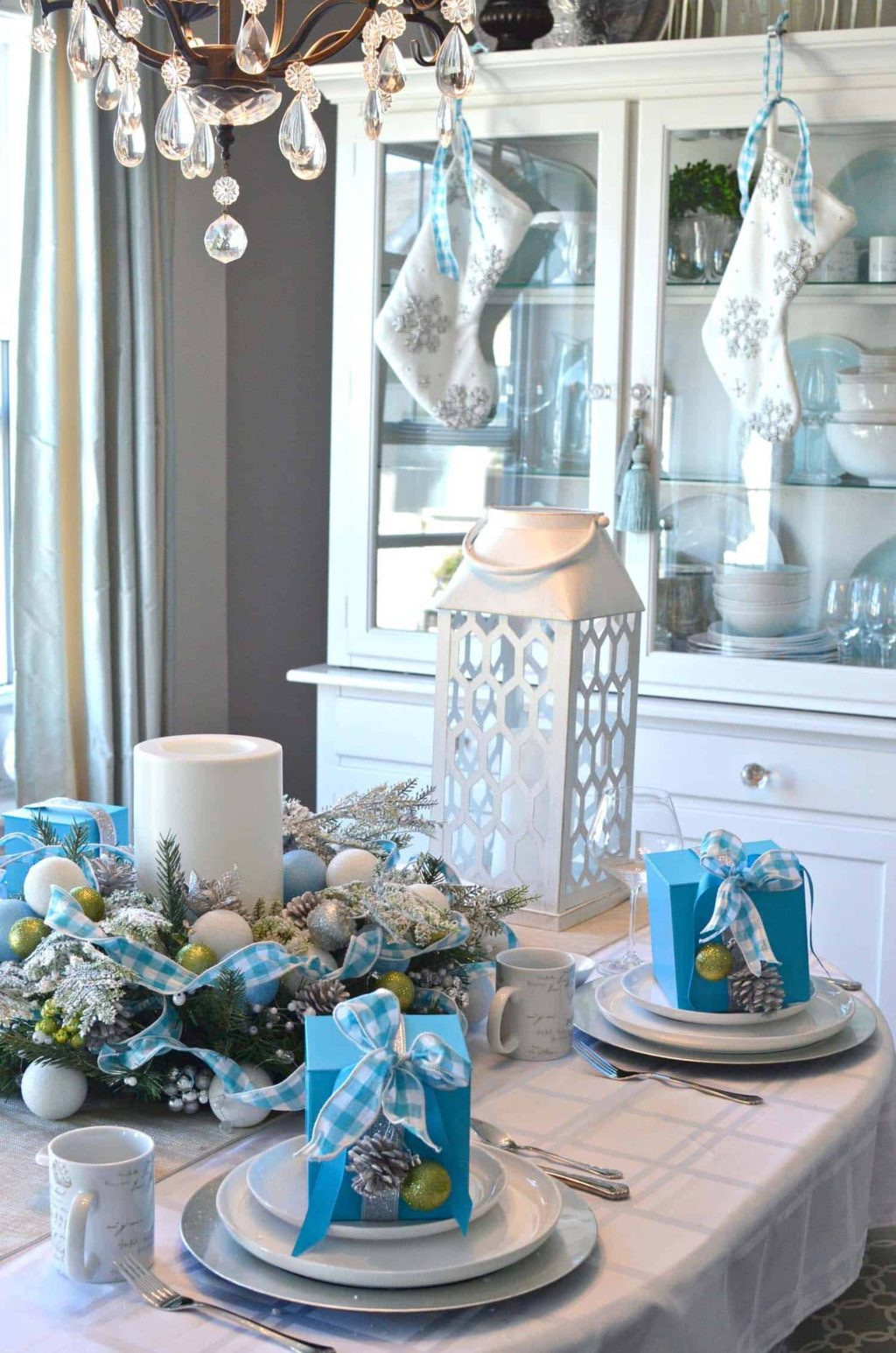 Non-Traditional-Christmas-Color-Scheme...-1-1024x1546 70+ Brilliant Ideas for This Year Christmas Decoration