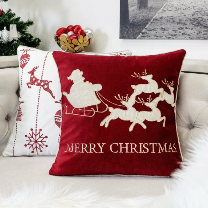 Pillows-Cushions-5-675x675 50+ Guest Room Christmas Decorations – Can You Make It Before Christmas Arriving?