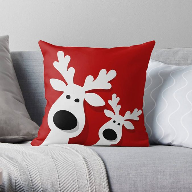Pillows-Cushions.-675x675 50+ Guest Room Christmas Decorations – Can You Make It Before Christmas Arriving?