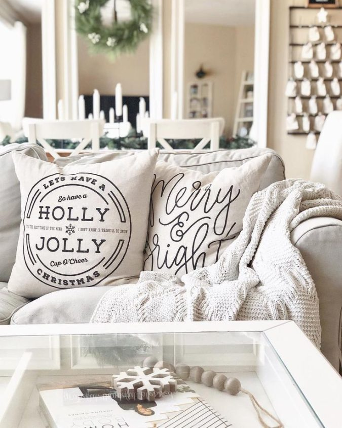 Pillows-Cushions..-2-675x844 50+ Guest Room Christmas Decorations – Can You Make It Before Christmas Arriving?