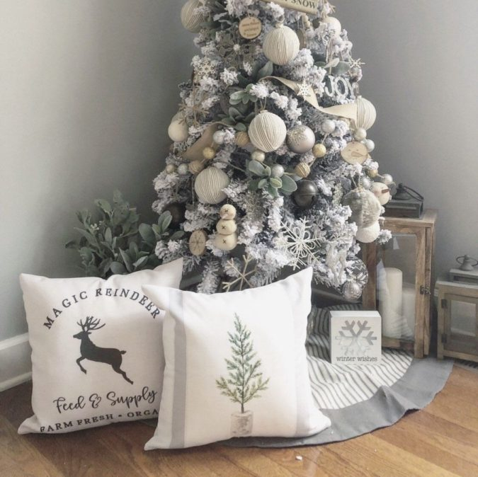 Pillows-Cushions.MM_-675x674 50+ Guest Room Christmas Decorations – Can You Make It Before Christmas Arriving?