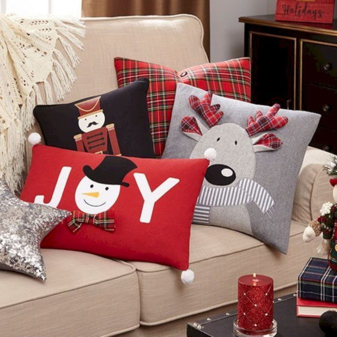 Pillows.-1-675x675 70+ Brilliant Ideas for This Year Christmas Decoration