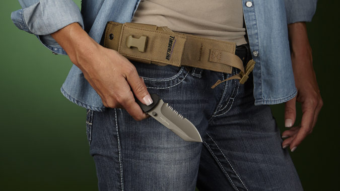Pocket-Knife-3-675x379 Top 10 Legal Reasons Men Carry a Traditional Pocket Knife