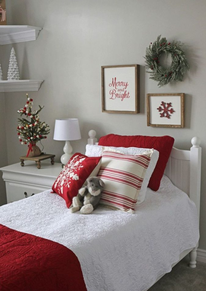 Red-and-White-Guest-Room-1-675x952 50+ Guest Room Christmas Decorations – Can You Make It Before Christmas Arriving?