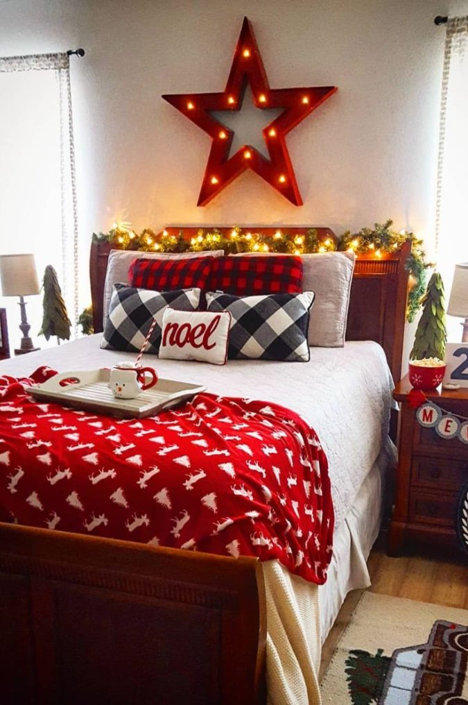 Red-and-White-Guest-Room..-675x1016 50+ Guest Room Christmas Decorations – Can You Make It Before Christmas Arriving?