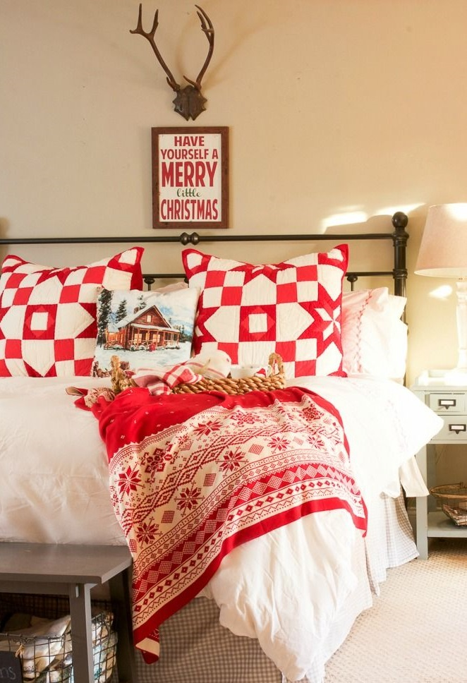 Red-and-White-Guest-Room...-2 50+ Guest Room Christmas Decorations – Can You Make It Before Christmas Arriving?