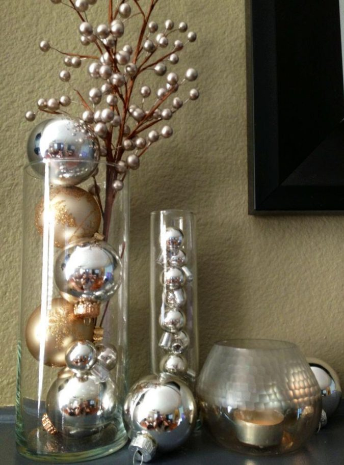 Shiny-Ornaments-3-675x913 60+ Creative Ways to Decorate Your Home for This Christmas