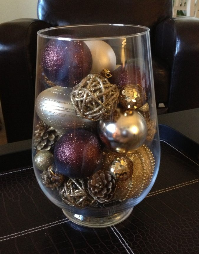 Shiny-Ornaments..-1-675x862 60+ Creative Ways to Decorate Your Home for This Christmas