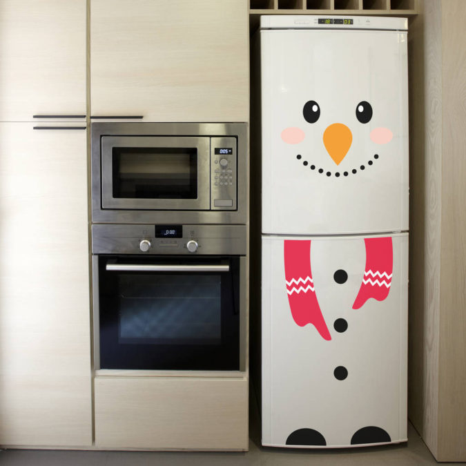 Snowman-Refrigerator.-1-675x675 70+ Brilliant Ideas for This Year Christmas Decoration