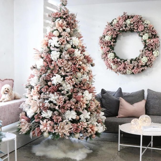 The-Christmas-tree..-675x675 Master Christmas Tree Decoration by Simple Tips and 50+ Ideas
