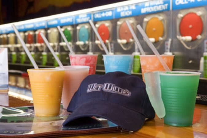 Wet-Willies-miami-675x450 4 Things You Have to Do on South Beach