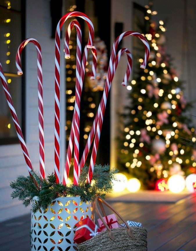candy-cane-2-675x866 70+ Brilliant Ideas for This Year Christmas Decoration