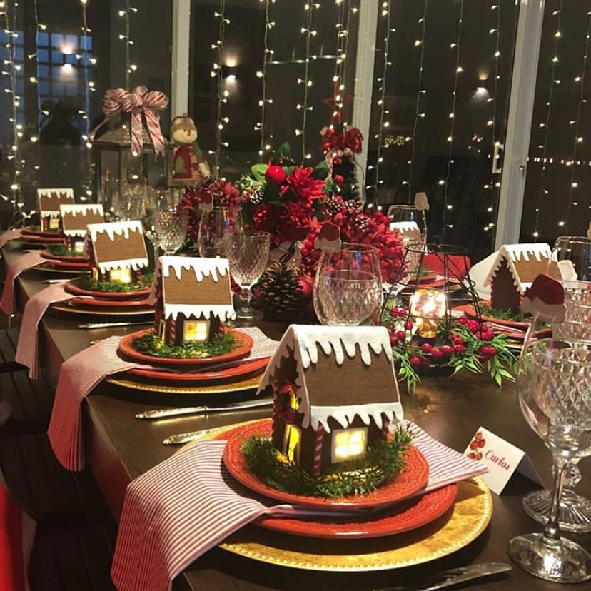 centerpiece.-1 How to Bring Joy to Your Home at This Christmas Season
