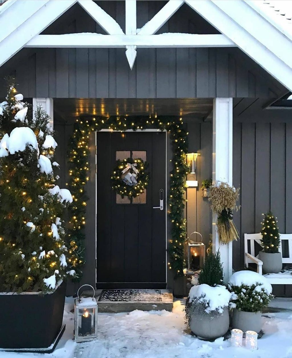 christmas-decor-idea-1024x1257 How to Bring Joy to Your Home at This Christmas Season