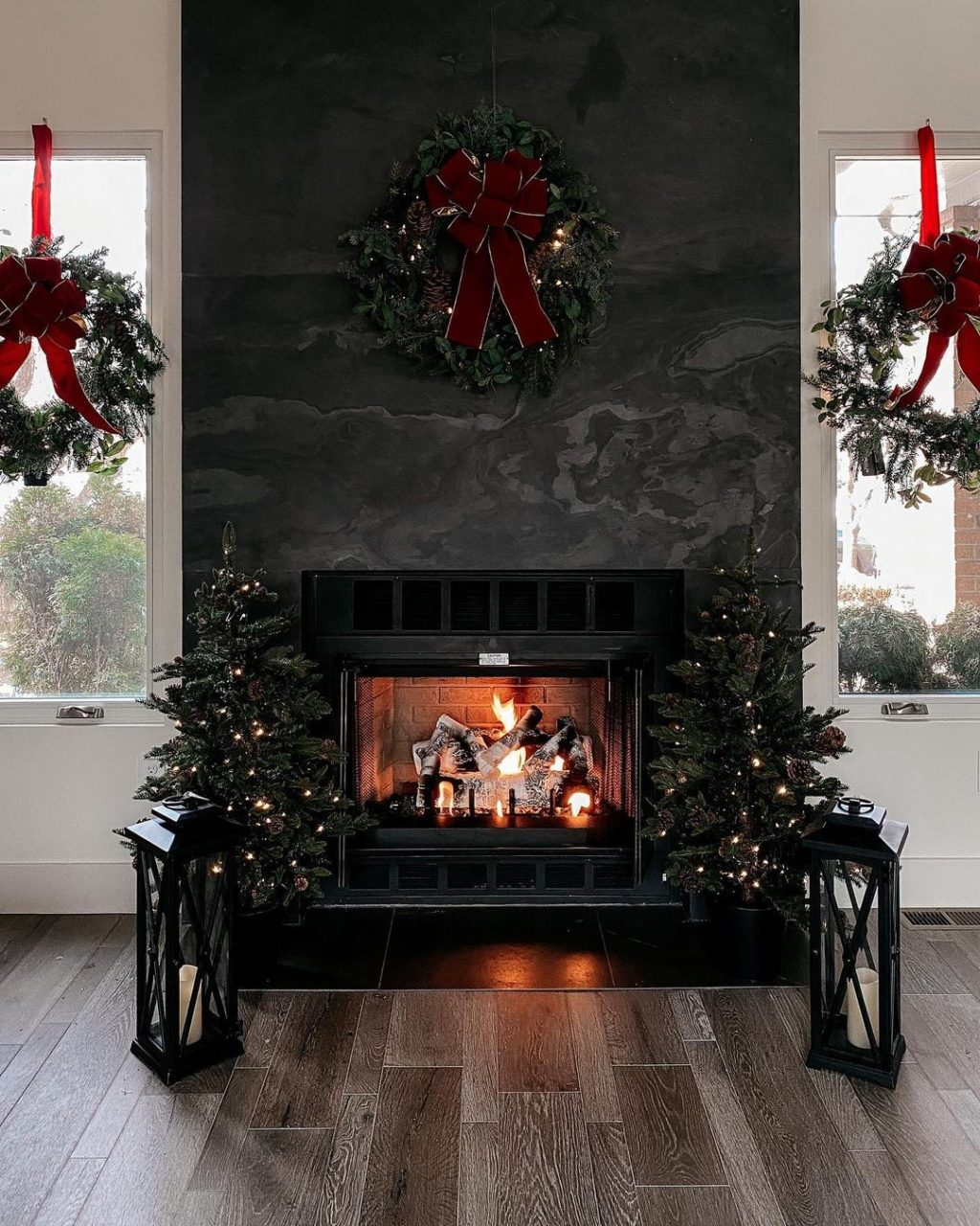 christmas-decor-idea.-1-1024x1280 How to Bring Joy to Your Home at This Christmas Season