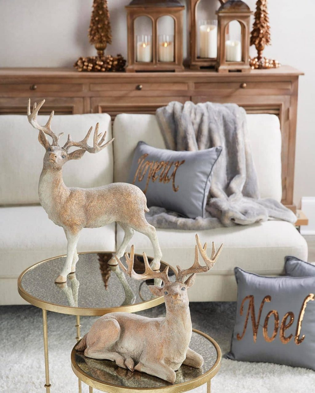 christmas-decor-ideas.-1-1024x1280 How to Bring Joy to Your Home at This Christmas Season
