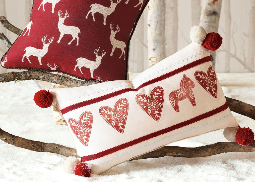 christmas-pillows-1024x733 70+ Brilliant Ideas for This Year Christmas Decoration