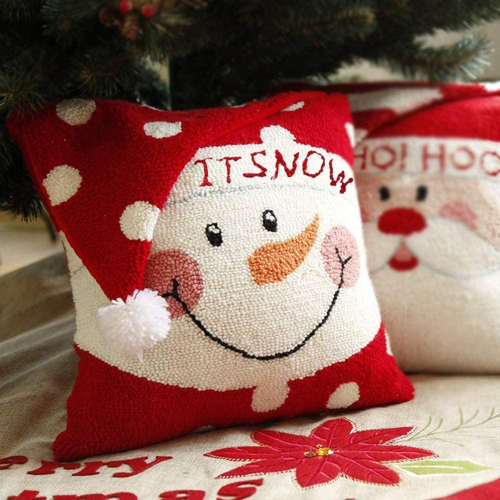 christmas-pillows..-2 70+ Brilliant Ideas for This Year Christmas Decoration