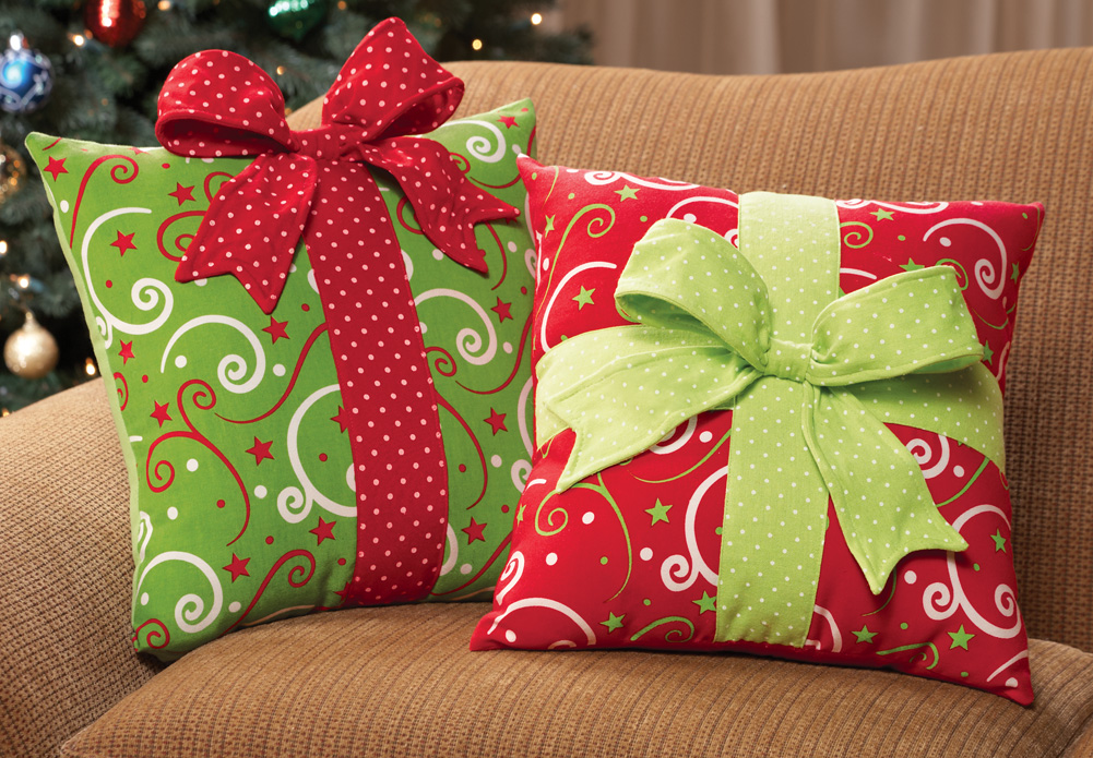 christmas-pillows..-4 70+ Brilliant Ideas for This Year Christmas Decoration