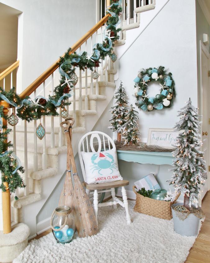 coastal-decoration-idea-675x845 Give Your Home a New Festive Christmas with +90 Themes & Ideas