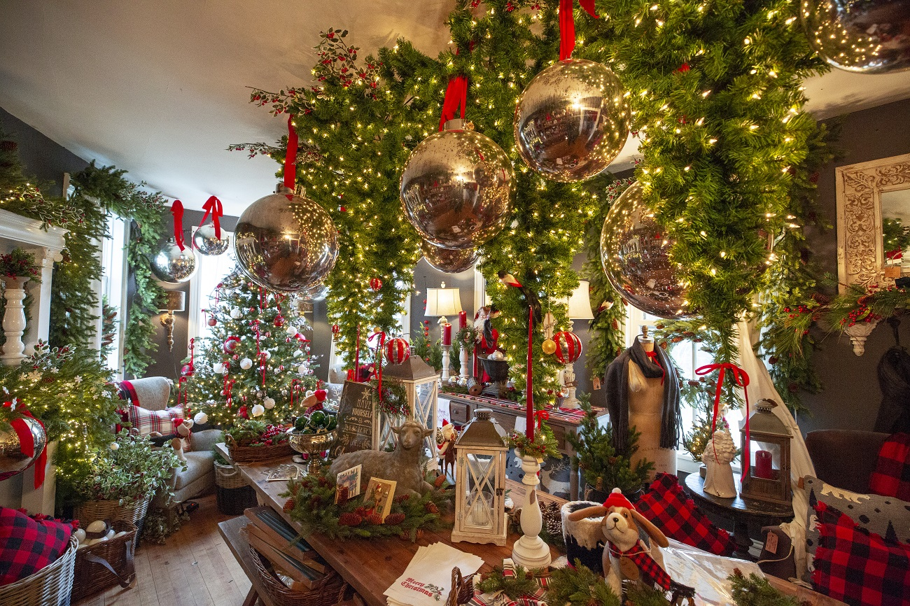 colored-Christmas-decorations How to Bring Joy to Your Home at This Christmas Season