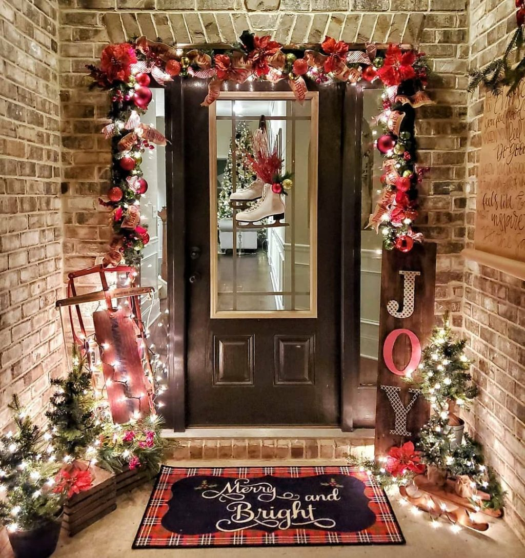 colored-decorations-outdoors.-1-1024x1089 How to Bring Joy to Your Home at This Christmas Season