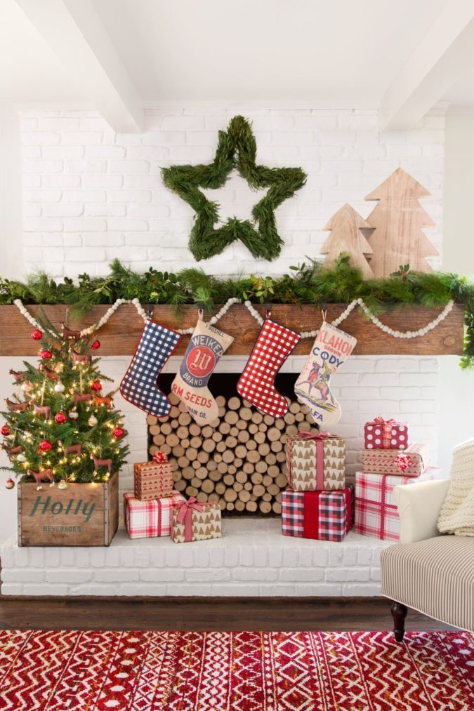 country-or-gingham-stockings-675x1013 60+Untraditional Christmas Decorations to Transform Your Home Look This Year