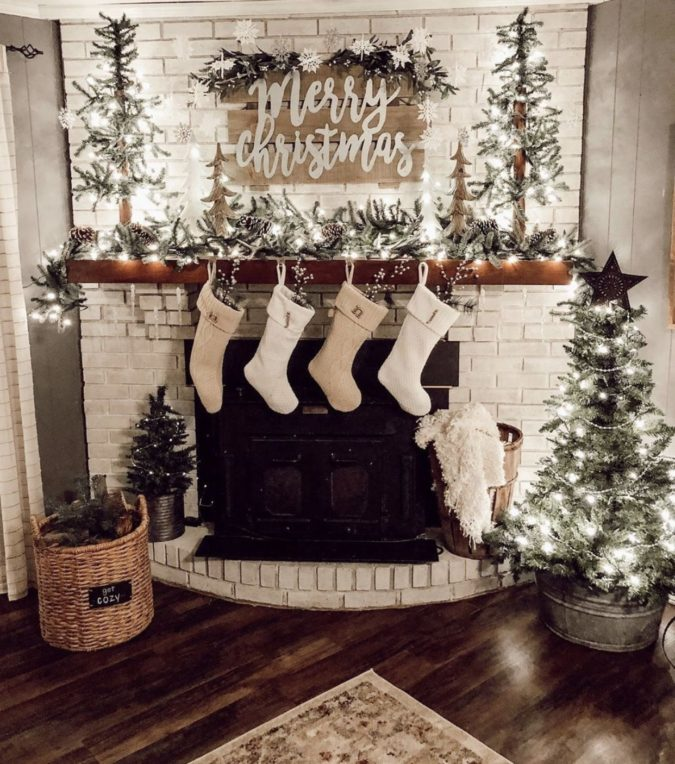 country-or-gingham-stockings.-1-675x764 60+Untraditional Christmas Decorations to Transform Your Home Look This Year