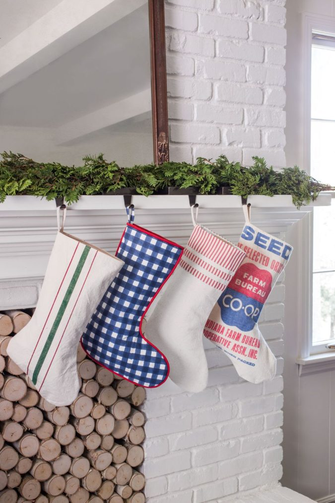 countryside-decoration.-675x1013 60+Untraditional Christmas Decorations to Transform Your Home Look This Year