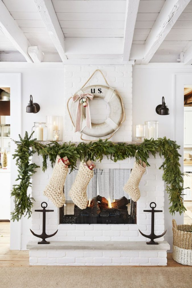 countryside-decorations-1-675x1013 60+Untraditional Christmas Decorations to Transform Your Home Look This Year