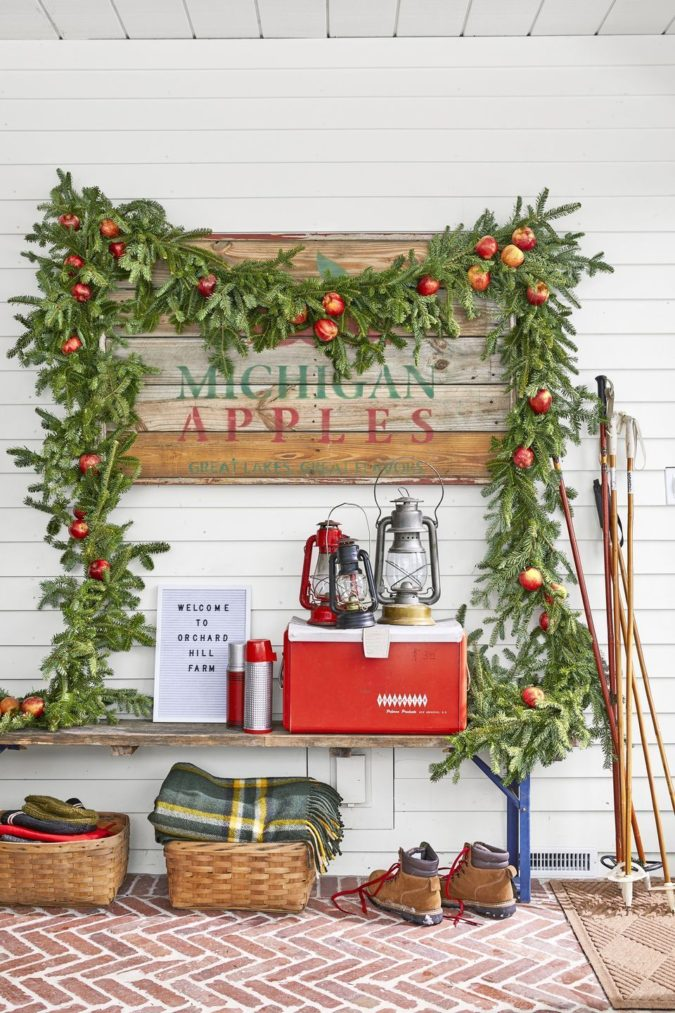 countryside-decorations-675x1013 60+Untraditional Christmas Decorations to Transform Your Home Look This Year