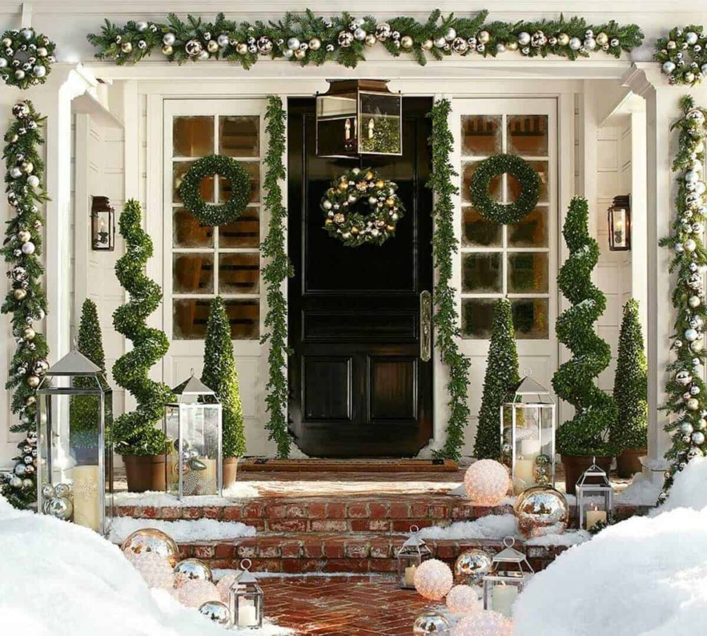 door-Christmas-Decoaration-1-1024x922 Let Your Outdoor Area Twinkle by This Year Christmas Lights Decorations