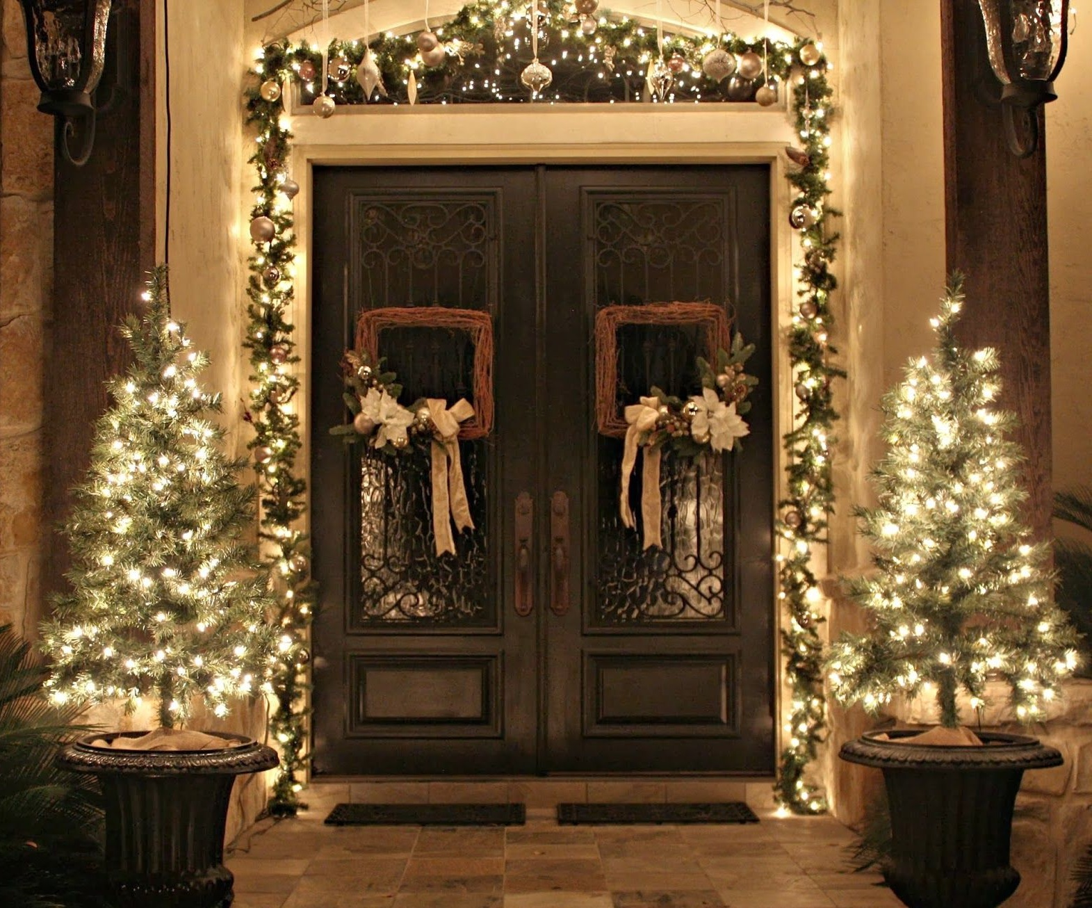 door-Christmas-Decoaration Let Your Outdoor Area Twinkle by This Year Christmas Lights Decorations