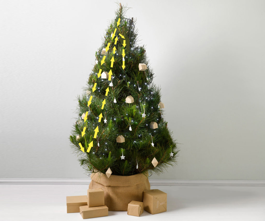 hang-christmas-lights-vertically-3-1024x853 60+Untraditional Christmas Decorations to Transform Your Home Look This Year
