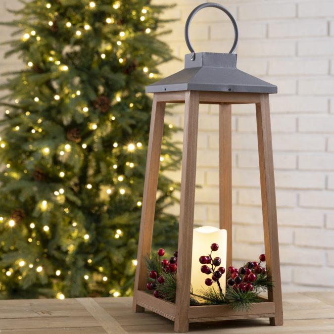 lantern-675x675 70+ Brilliant Ideas for This Year Christmas Decoration