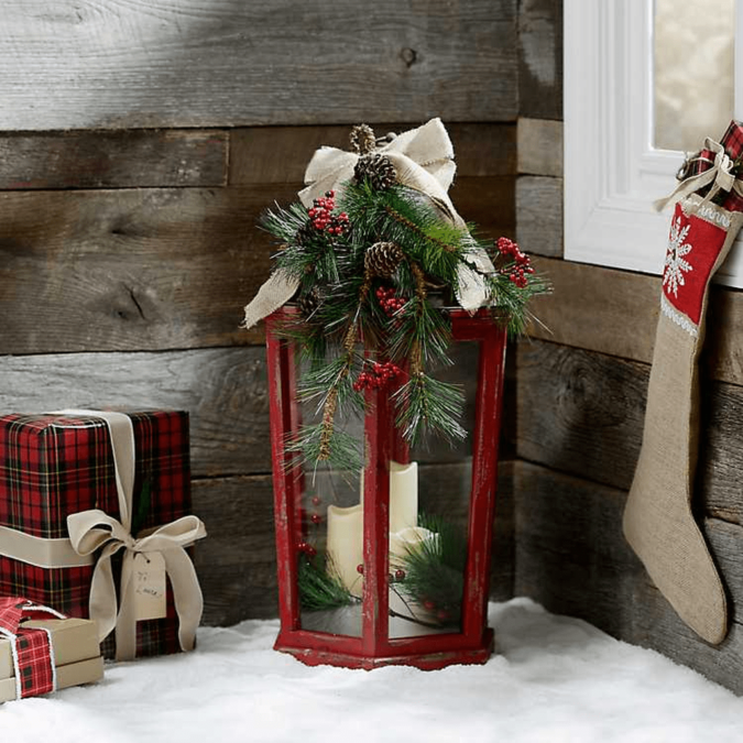 lantern-675x675 70+ Brilliant Ideas for This Year Christmas Decoration