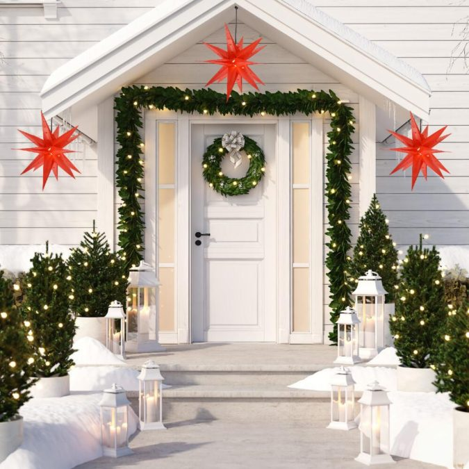 lanterns-1-675x675 70+ Brilliant Ideas for This Year Christmas Decoration