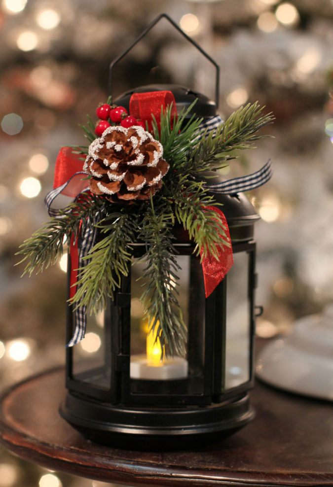 lanterns.-675x988 70+ Brilliant Ideas for This Year Christmas Decoration