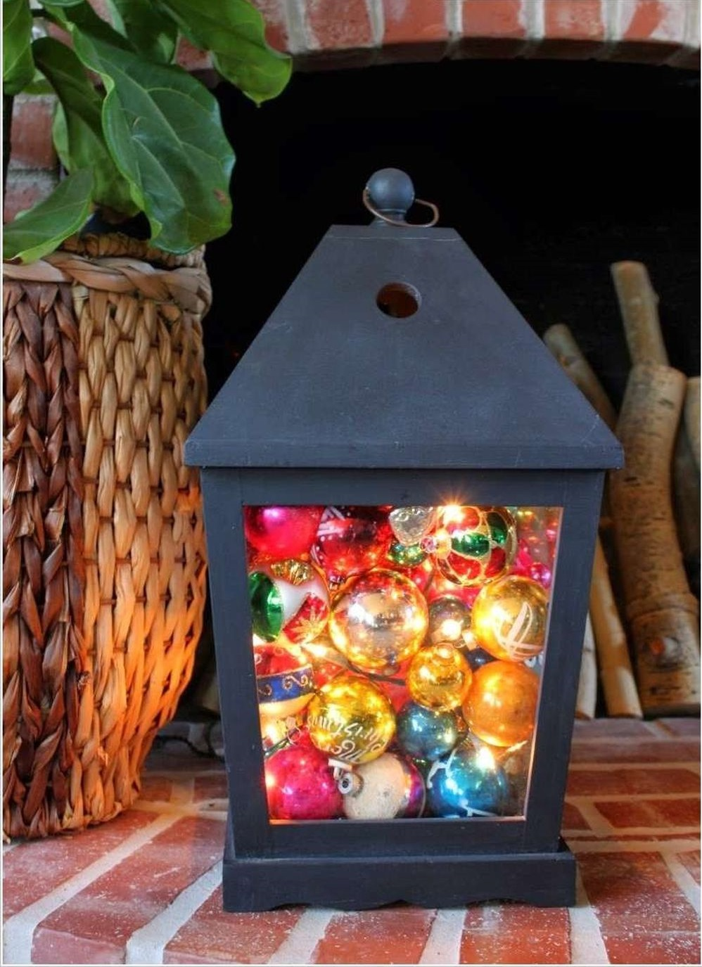 outdoors-lighting.-3 70+ Impressive Christmas Decorations to Do Yourself in 2021