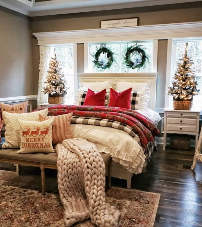 simple-Guest-Room-4-675x759 50+ Guest Room Christmas Decorations – Can You Make It Before Christmas Arriving?