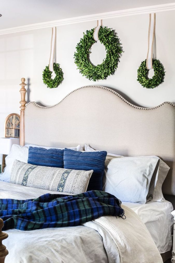 simple-Guest-Room.-9-675x1013 50+ Guest Room Christmas Decorations – Can You Make It Before Christmas Arriving?