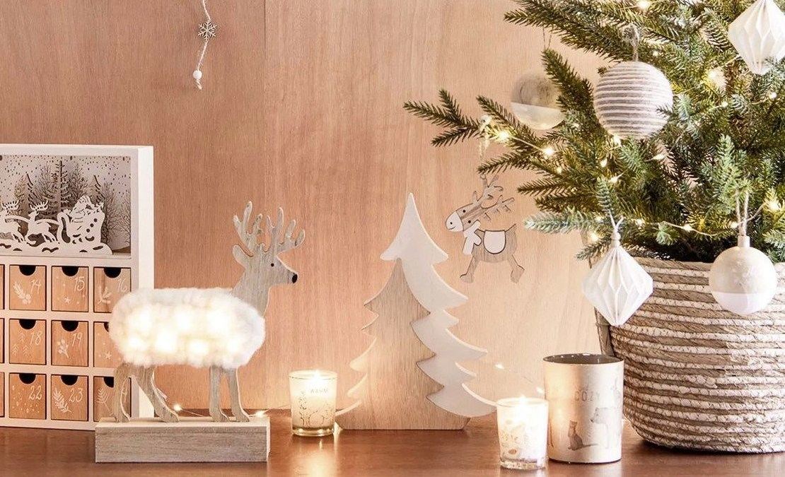 subtle-holiday-elements-2 70+ Brilliant Ideas for This Year Christmas Decoration