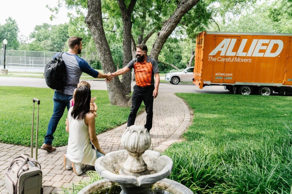 Allied-Van-Lines-1-1024x683 Top 15 Rated Long-Distance Moving Companies in the USA