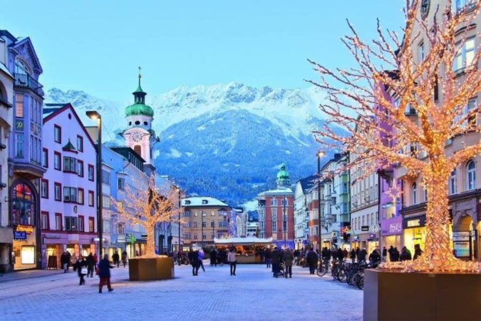 Altstadt-von-innsbruck-675x450 Top 10 Unforgettable Innsbruck Attractions to Visit in Summer