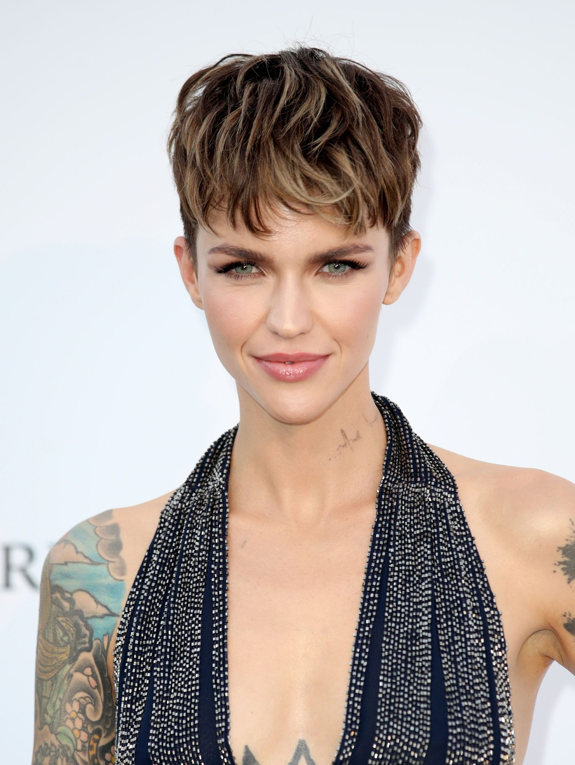 Bold-pixie-cut-1-scaled 70+ Outdated Hairstyle Ideas Coming Back in 2021