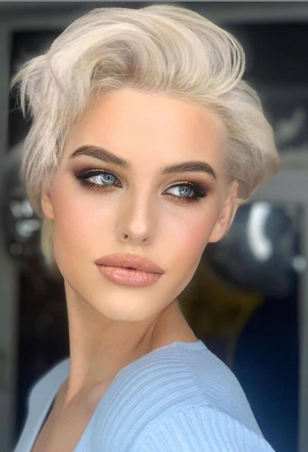 Bold-pixie-cuts.. 70+ Outdated Hairstyle Ideas Coming Back in 2021